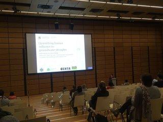 Doris Wendt presenting